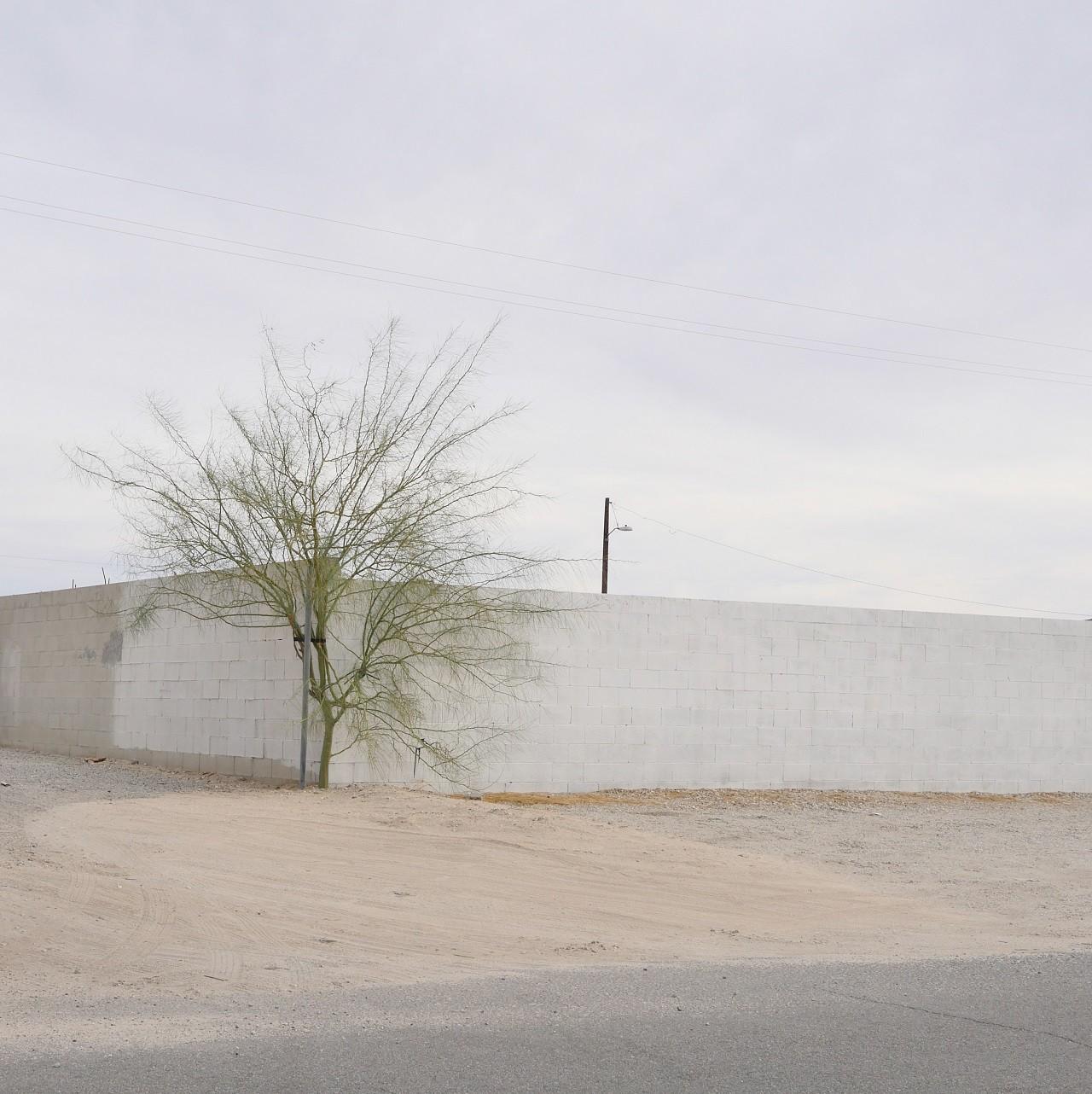 Urban Sprawl 185 (ed 1/3)